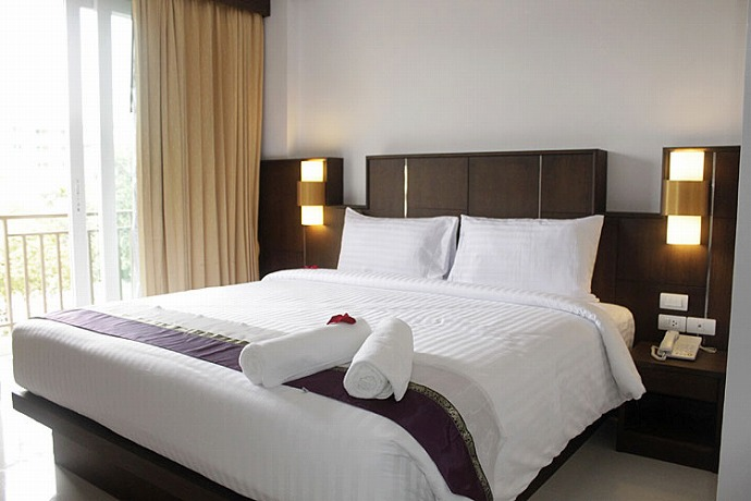 98 room hotel for sale in Patong
