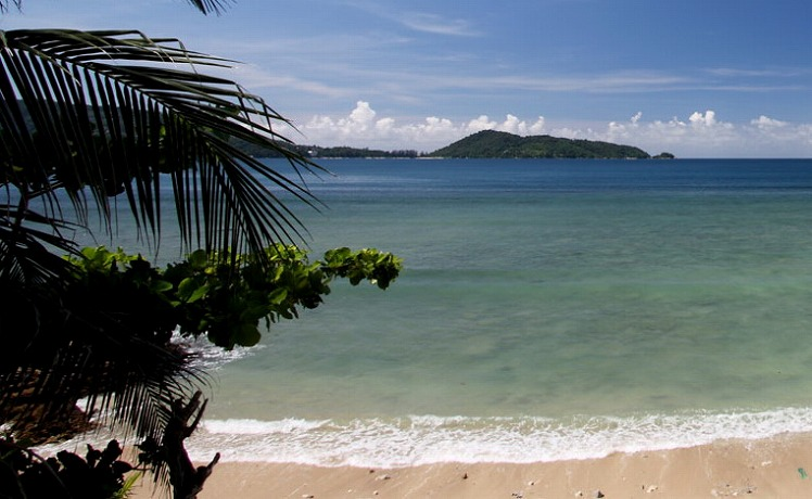 Hotel on the beach for rent in Phuket