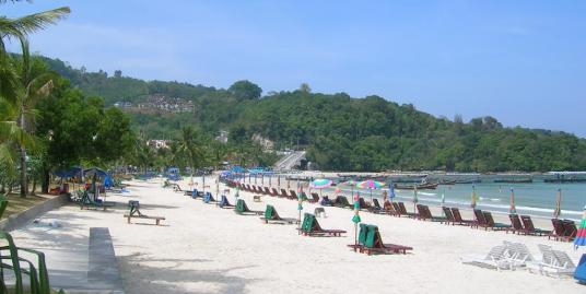 Hotel business for sale on Patong beach road
