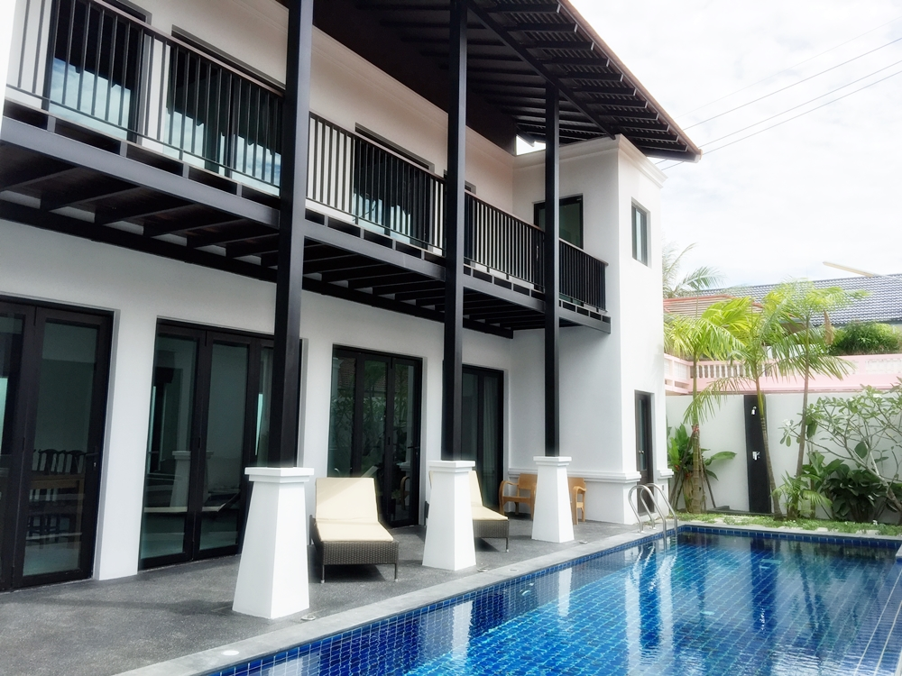 Pool villa with 3 bedrooms for rent near Layan beach Phuket