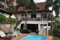 4 bedroom sea view villa for rent in Patong
