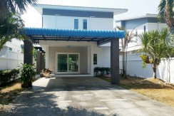 3 Bedroom Villa in the safe community for rent in Chalong