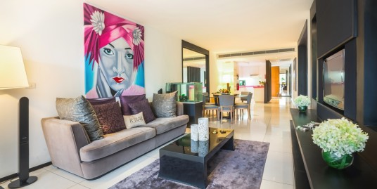 A Luxuriously 2 bedroom condominium in the highly regarded boutique Resort in Surin Beach