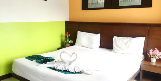 27 room hotel with restaurant for lease in Patong