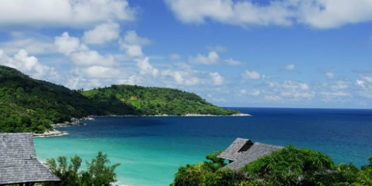 Sea View 4 Bedroom Private Pool Villa overlooking Kata Beach