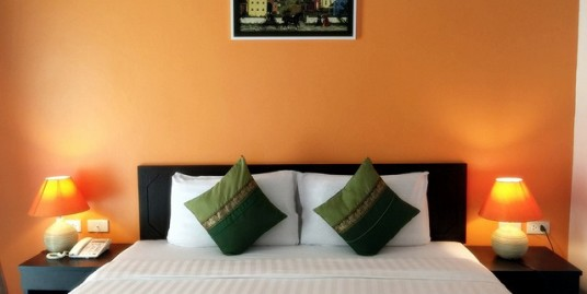 25 room hotel with restaurant for lease in Patong