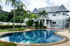 Luxury Pool Villa 1,200 Square Meter for sale in Golf Course Kathu