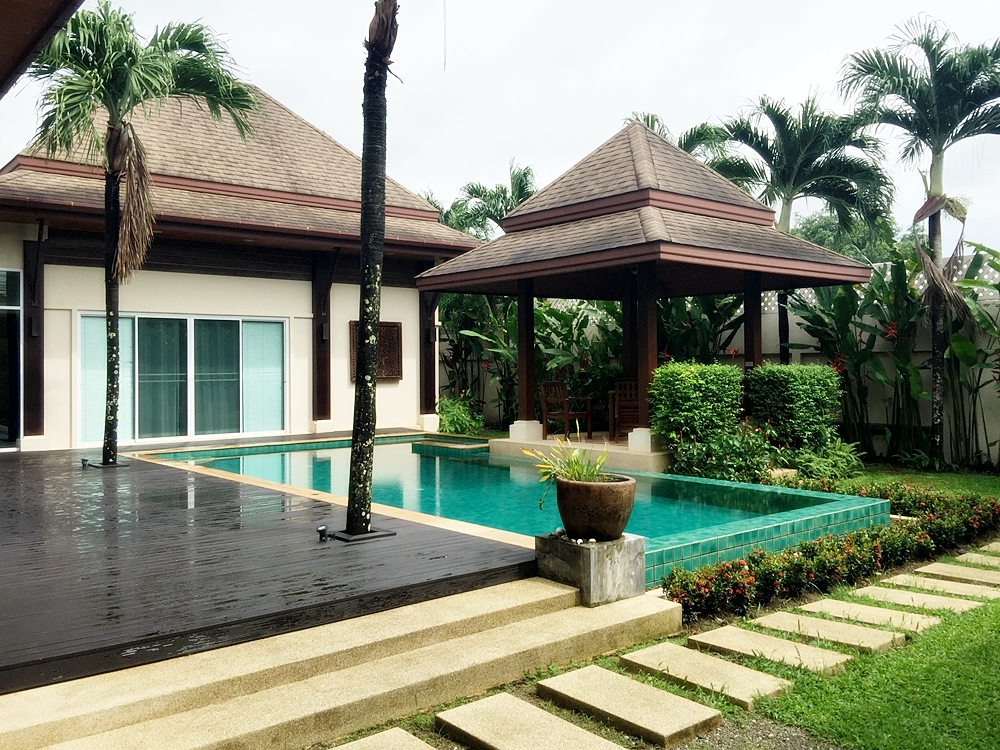 Balinese Style Pool Villa 3 Bedrooms near International school