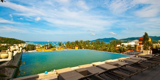 83 room hotel for lease in Patong