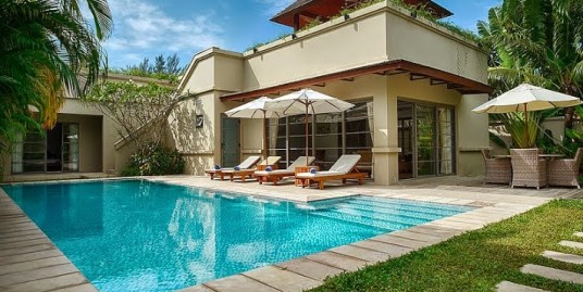 Luxury 3 bedroom pool villa 800 meters to Bang Tao beach