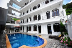 30 room hotel in Patong with no key money to pay