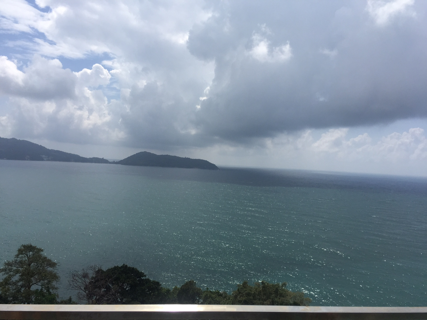 Large sea view resort for sale in Phuket
