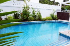 Modern 4 Bedroom Pool Villa near Loch Palm Golf Course for Long Term Rent