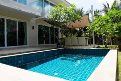 Spacious 3 Bedroom Pool Villa and large garden for rent in Chalong