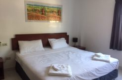 18 room guest house with massage shop for rent in Phuket