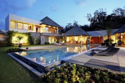 5 Bedroom Luxury Pool Villa for rent 5 mins to Laguna
