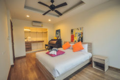 Laguna Park Wood style 2 Bedroom 2 Bathroom for Holiday and Long Term rent