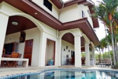 Family Pool Villa 7 Bedrooms for sale located central of Kathu