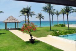 Beach Front Villa 5 Bedroom for Sale in Phuket